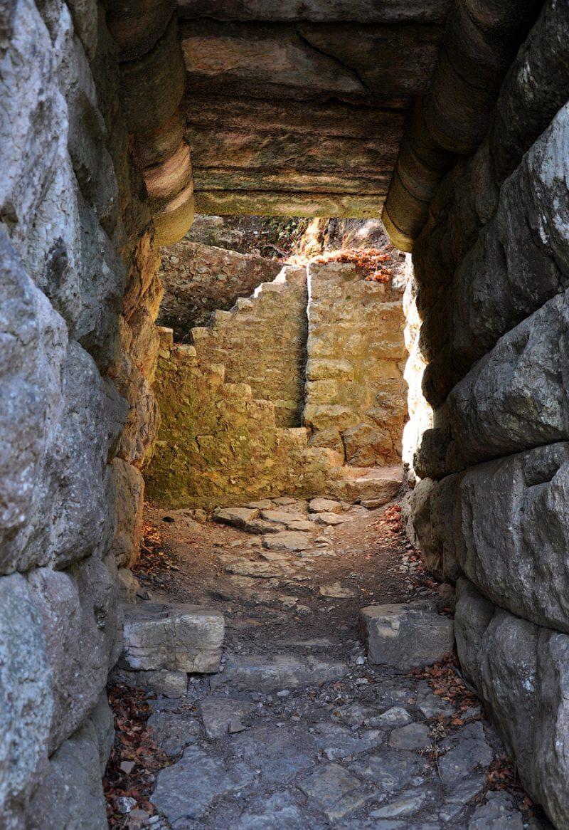 Крепостная стена Бутринта.