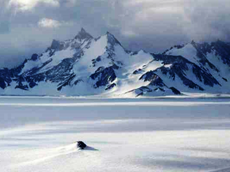Антарктида. Купол Фудзи