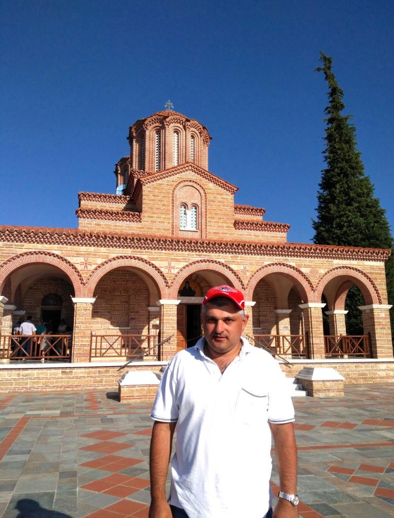 Суроти. Монастырь и храм