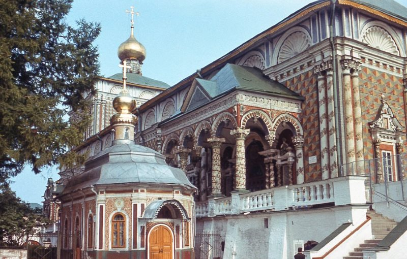 Сергиев Посад. Михеевская церковь и трапезная