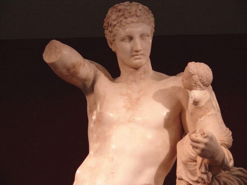 Гермес. Олимпия. Греция