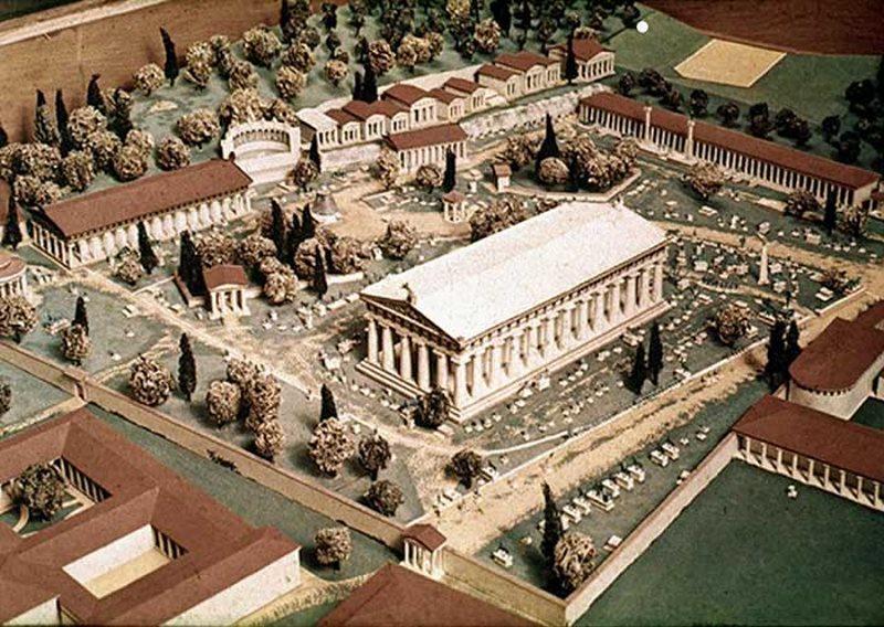 Древнее святилище в Олимпии. Греция