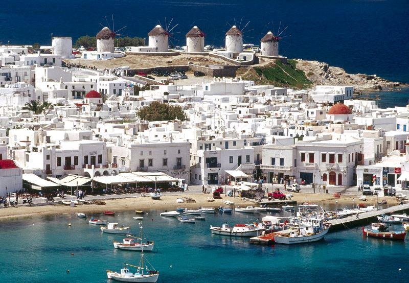 Пиргос, Греция