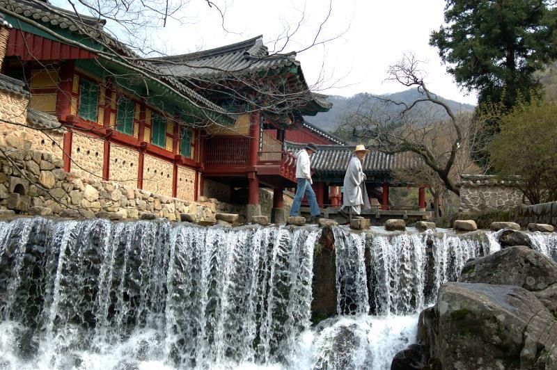 Пхенчхан. монастырь Санвонса